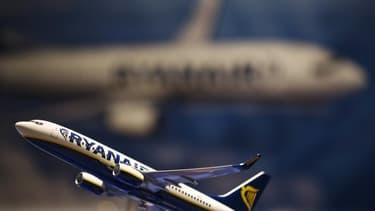 Ryanair conteste le décret soumettant les personnels navigants des compagnies étrangères installées en France au droit français.