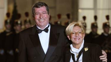 Patrick et Isabelle Balkany sur le perron de l'Elysée en 2008