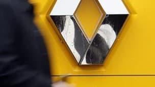 Le directeur de la sécurité de Renault était entendu samedi sous le régime de la garde à vue à la Direction centrale du renseignement intérieur (DCRI), a-t-on appris auprès du parquet de Paris et de source policière. /Photo d'archives/REUTERS/Régis Duvign