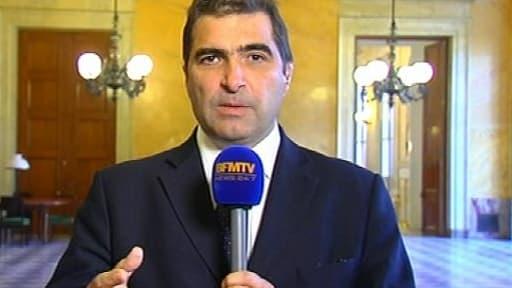 Suite à l'épisode de mardi à l'Assemblée, la question du départ de Valls du gouvernement se pose, pour Christian Jacob.