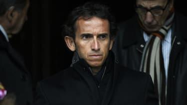 Outre son salaire de 1,8 million d'euros annuel, Alexandre Bompard bénéficie d'un bonus exceptionnel lié au cours de bourse. Or, celui-ci a flambé depuis deux ans...