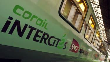 La SNCF relance les Intercités... seulement les week-end, et seulement sur les trajets où elle est sûre de dépasser l'autocar.
