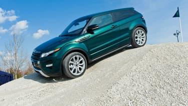 En 2016, selon le classement du magazine Autoplus, le Range Rover Evoque était la voiture la plus volée en France.