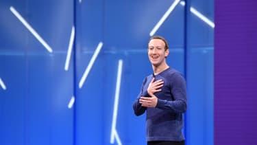 Facebook veut donner les clés d'une bonne utilisation du réseau social aux jeunes internautes