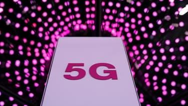 Le processus d'attribution des fréquences 5G doit aboutir à un premier appel à candidatures destiné aux opérateurs mobiles dès l'automne 2019.