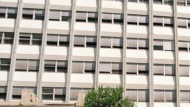 Le centre hospitalier de Saint-Raphaël-Fréjus le 3 août 1999.