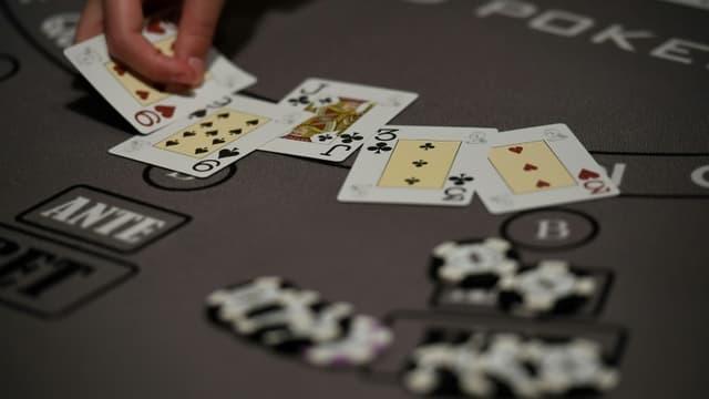 Un jeu de cartes (illustration.
