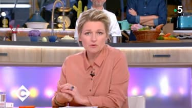 Anne-Elisabeth Lemoine dans C à vous le jeudi 7 mars.