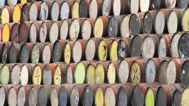 Des fûts de whisky à la distillerie White and MacKay d'Invergordon, l'une des plus grandes d'Ecosse.