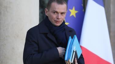 La CGT, la CFE-CGC et la FSU ont claqué ce mercredi la porte de la réunion sur la pénibilité dans la fonction publique organisée par les secrétaires d'État Olivier Dussopt et Laurent Pietraszewski.