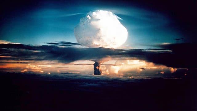 Neuf pays détiennent l'arme atomique