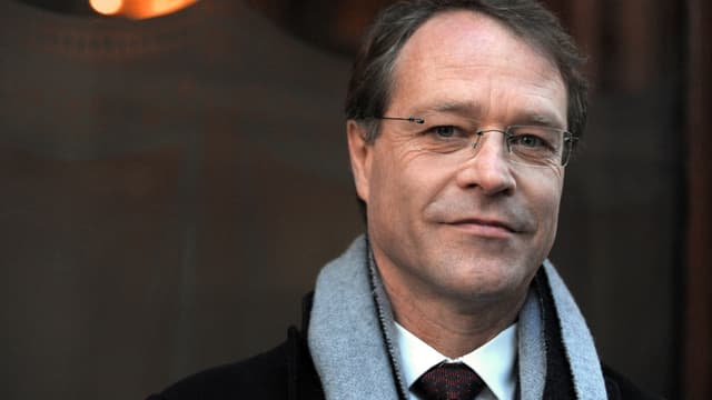 François Asselin, patron d'une entreprise familiale de charpente, menuiserie, ébénisterie, ferronnerie d'art , a été élu président de la CGPME.