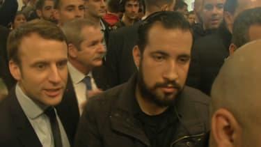Alexandre Benalla aux côtés d'Emmanuel Macron lors du Salon de l'agriculture.