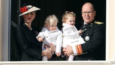 Albert de Monaco et Charlène, avec leurs enfants Jacques et Gabriella, le 19 novembre 2016