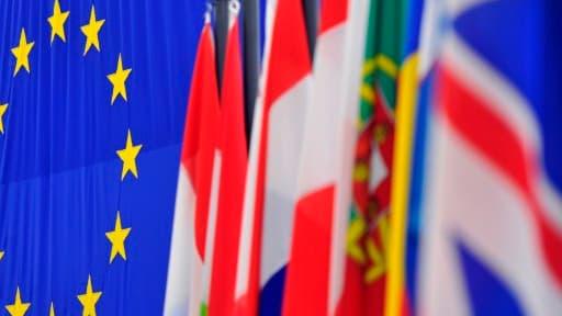 Le taux de chômage en zone euro s'élève à 11,8%.
