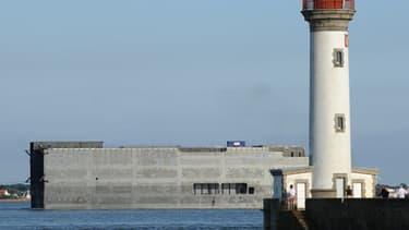 """Le second navire militaire Mistral, baptisé """"Sébastopol"""", en construction aux chantiers navals STX France, à Saint-Nazaire."""
