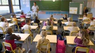 Vincent Peillon, le ministre de l'Education nationale, est prudent sur une revalorisation des traitemets des enseignants