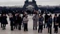 Les touristes japonais sont de retour à Paris.