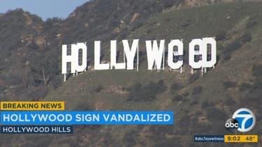 Les célèbres lettres sur plombant Hollywood ont été transformées pendant la nuit du 31 décembre à Los Angeles.