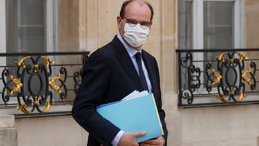 Le Premier ministre Jean Castex sur le perron de l'Elysée, le 8 avril 2021