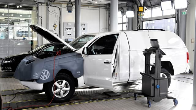 Volkswagen doit rapidement mettre au point un plan pour réparer les voitures.