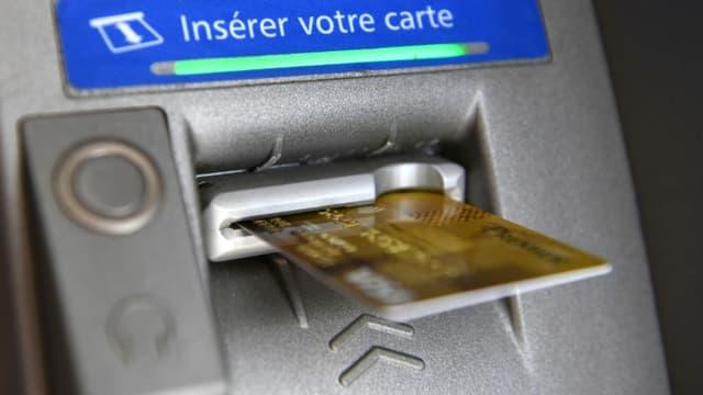 """Un """"réseau familial bien structuré"""" de vol de cartes bancaires a été démantelé à Marseille, le 24 juin 2020."""