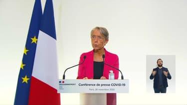 Elisabeth Borne lors d'une conférence de presse le 26 novembre