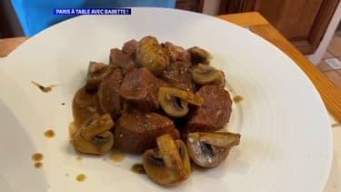 La recette du sauté de veau aux champignons et lait de coco de Babette de Rozières