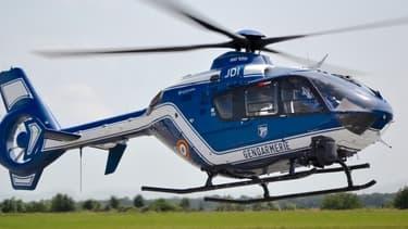 Les hélicoptères de la gendarmerie sont très souvent mis à contribution.