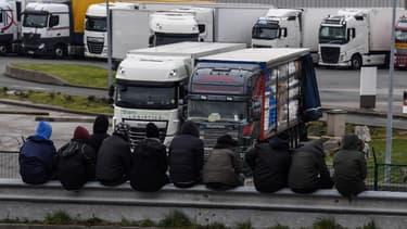 Des camions frigorifiques sont souvent utilisés par les trafiquants pour transférer les migrants clandestins en toute discrétion. (PHOTO D'ILLUSTRATION)