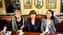 """Martine Aubry, Cécile Duflot (à droite) et Marie-George Buffet (à gauche), qui dirigent les trois principaux partis d'opposition, ont appelé jeudi les Français à adresser une """"bonne gauche à la droite"""" au deuxième tour des régionales, lors d'une conférenc"""