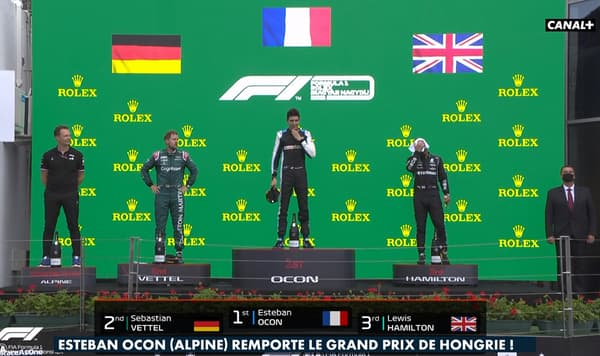 Le podium après la victoire d'Ocon