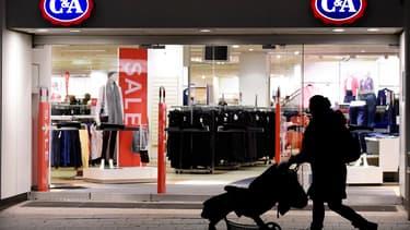 C&A détenait avant la vague de fermetures d'avril 2019 près de 160 magasins et 2.800 collaborateurs en France