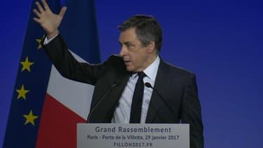 François Fillon ce dimanche à Paris