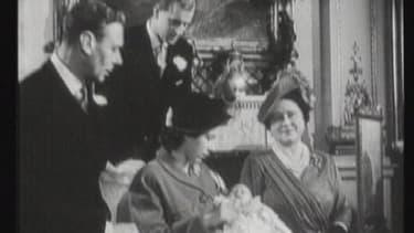 En 1948, la princesse Elizabeth donne naissance au prince Charles.
