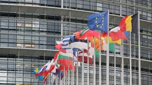 Les députés européens ont voté un budget 2014-2020 en légère baisse