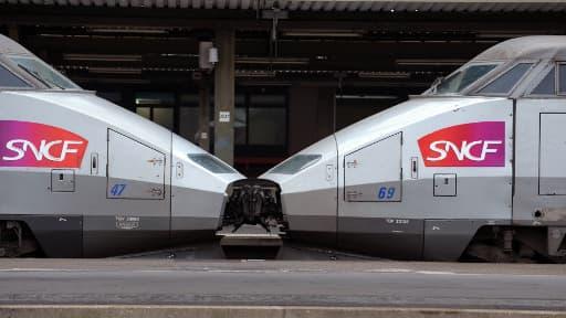 La grève à l'appel de trois syndicats de cheminots, pour protester contre la réforme ferroviaire à la SNCF, commence mercredi à 19h