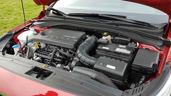 Diesel, essence, hybride, hybride rechargeable, électrique, Hyundai est la seule à proposer 5 types de motorisations sur ce segment des compactes.