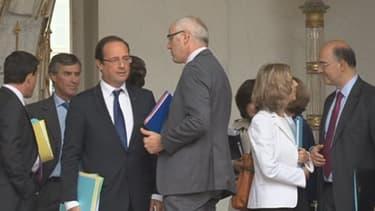 François Hollande et son gouvernement au début de son mandat