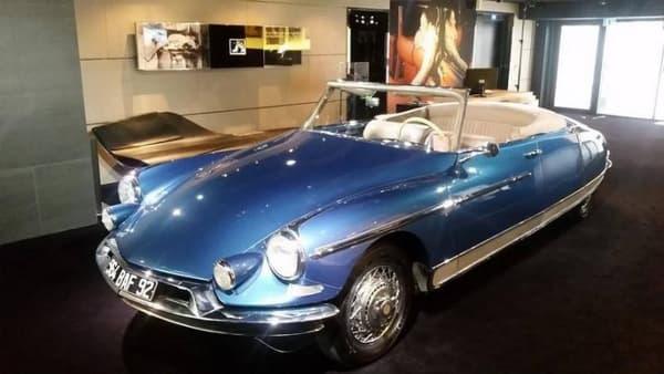 Ceci est le cabriolet DS le plus ancien au monde, commercialisé en 1958.