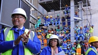 Le président sud-africain Jacob Zuma avait visité le chantier de la centrale de Medupi en 2012, à l'époque où tout allait bien.