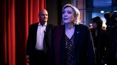 Thierry Légier, Marine Le Pen et Catherine Griset le 4 février 2017 à Lyon.