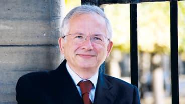 Olivier Schrameck est nommé à la tête du CSA