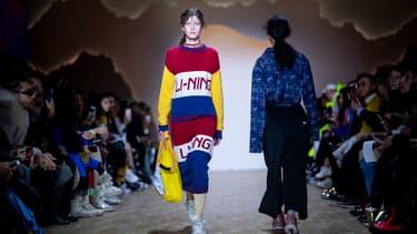 La marque sportive Li-Ning a défilé à New York pour la première fois en solo avec l'ambition de prendre une partie du juteux marché du sportswear haut de gamme en Occident.