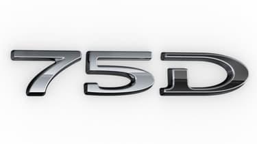 La Model X passe à la batterie 75D, pour 27 km d'autonomie supplémentaire.