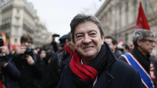 Jean-Luc Mélenchon, leader du Parti de gauche, à la manifestation contre l'accord sur l'emploi le mardi 5 février à Paris