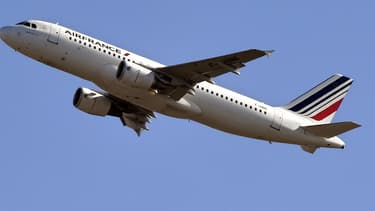 La direction d'Air France entend supprimer 7.580 postes d'ici fin 2022 au sein de la compagnie tricolore et de la filiale régionale Hop!.