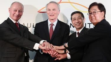 Selon le quotidien économique américain, The Wall Street Journal,  Nissan souhaiterait que Renault, qui détient 43% du groupe japonais, réduise sa participation.