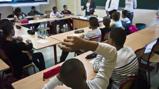 (Image d'illustration) Une classe de collégiens lyonnais, le 2 septembre 2010 le jour de la rentrée scolaire.