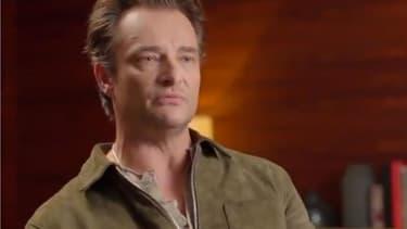 """David Hallyday dans """"Sept à Huit"""" sur TF1."""